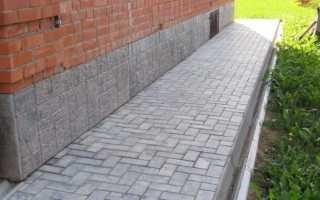 Укладка тротуарной плитки на бетонную отмостку: этапы