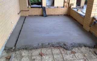 Гладкий бетонный пол своими руками при помощи гладилки и правила