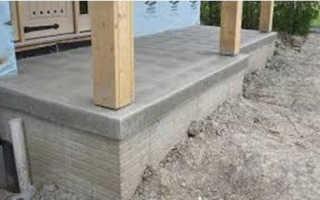 Деревянные столбы в бетон: бетонирование и крепление