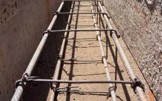 Армирование бетонного фундамента: вязка каркаса и установка