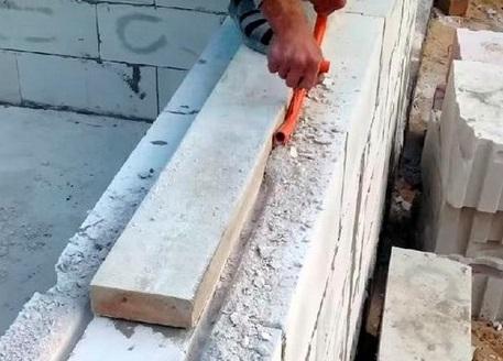 Армирование газобетона под оконными проемами
