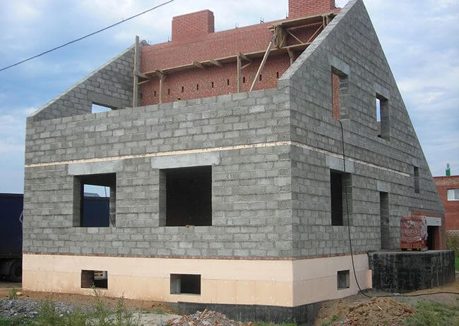 Многие строительные компании оценили керамзитобетонные блоки