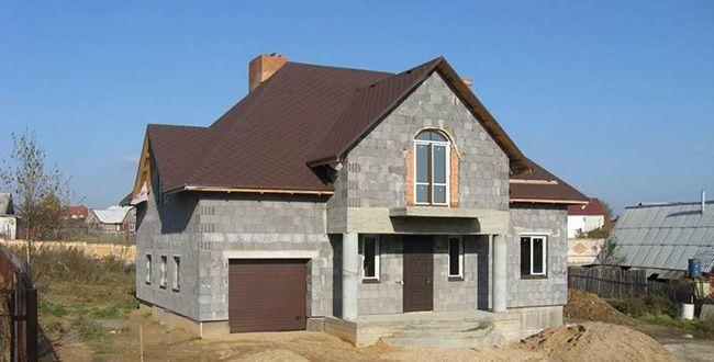 Дом из керамзитобетонных блоков можно легко построить
