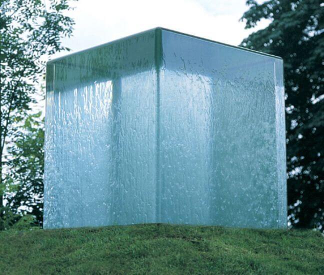 Фонтан «Куб воды»