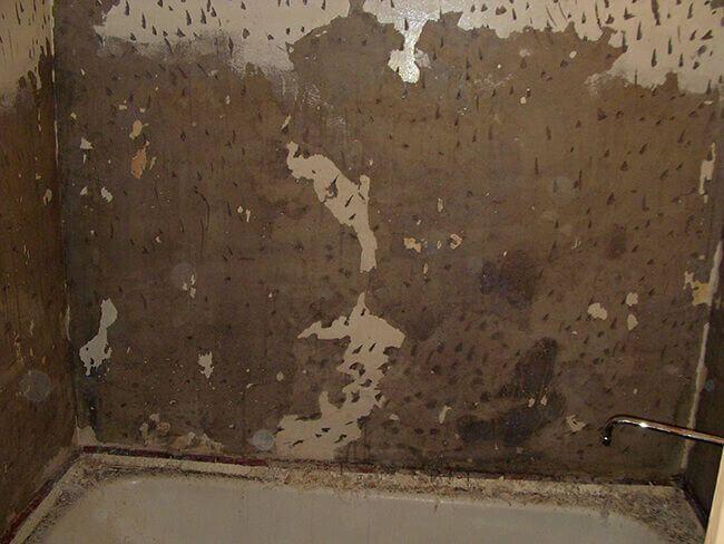 Насечки на стене