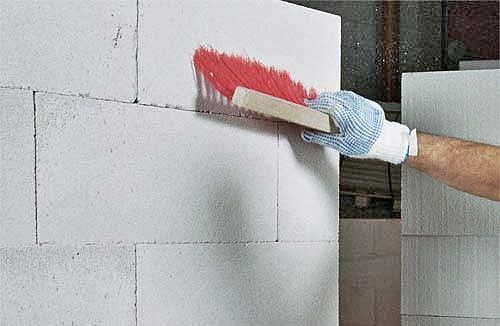 Очистка газобетонных стен