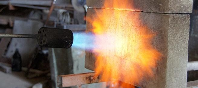 газобетон абсолютно не поддерживает горение