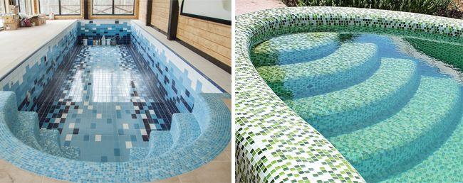 Выглядит мозаика в бассейне очень эффектно