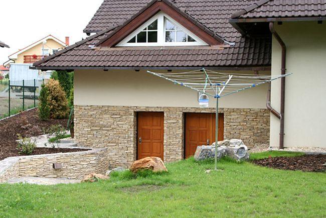 Отделка стен архитектурным бетоном