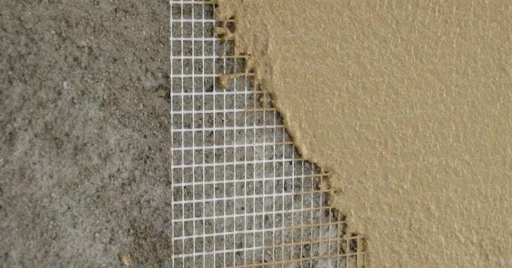 Использование армировочной сетки при оштукатуривании газобетона