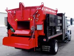 Техника для рециклинга асфальтобетона применяется при ремонте дорог.