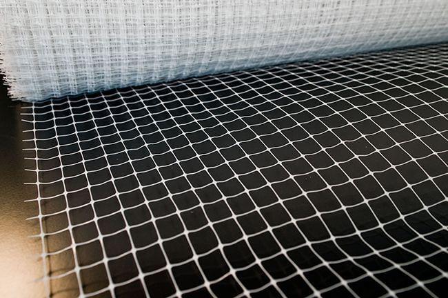 Армирование стяжки сеткой из стекловолокна