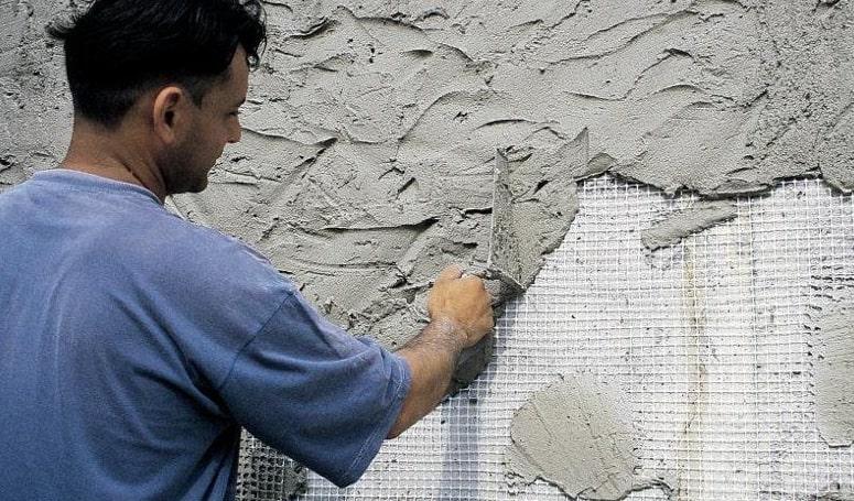 Штукатурка на цементной основе для влажных помещений