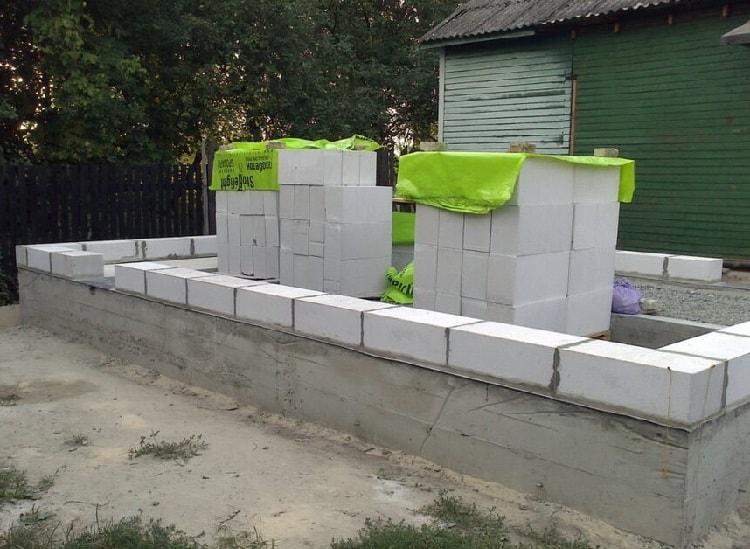 Сколько блоков газобетона в кубе