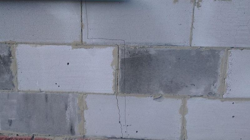 Причины возникновения трещин в газобетоне
