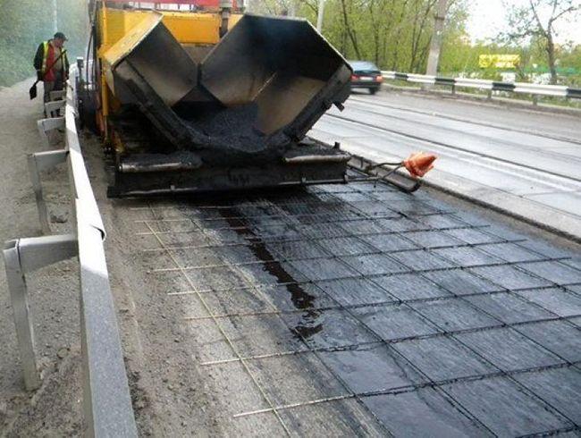 Укладка дорожного покрытия на АСП