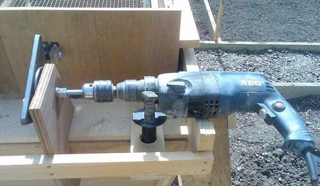 В качестве двигателя для вибросита можно использовать обычную электродрель