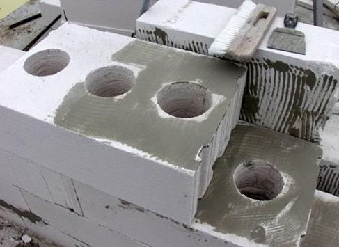 Вентиляционные отверстия в газобетонной кладке