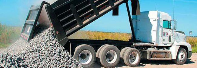 При транспортировке объем щебня уменьшается