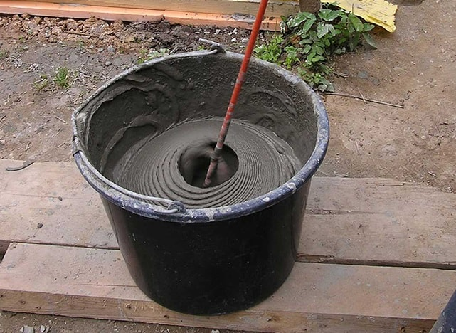 Что выбрать для штроб: клей или цементный раствор